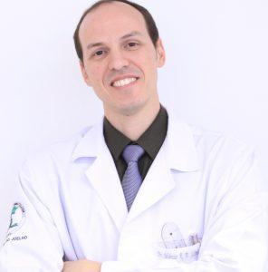 Dr. Márcio R. B. Silveira - cirurgião ortopedista