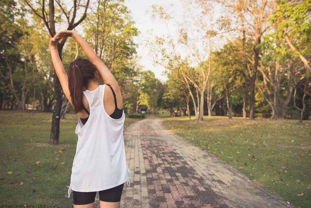 Fazendo atividade física para evitar dor articular