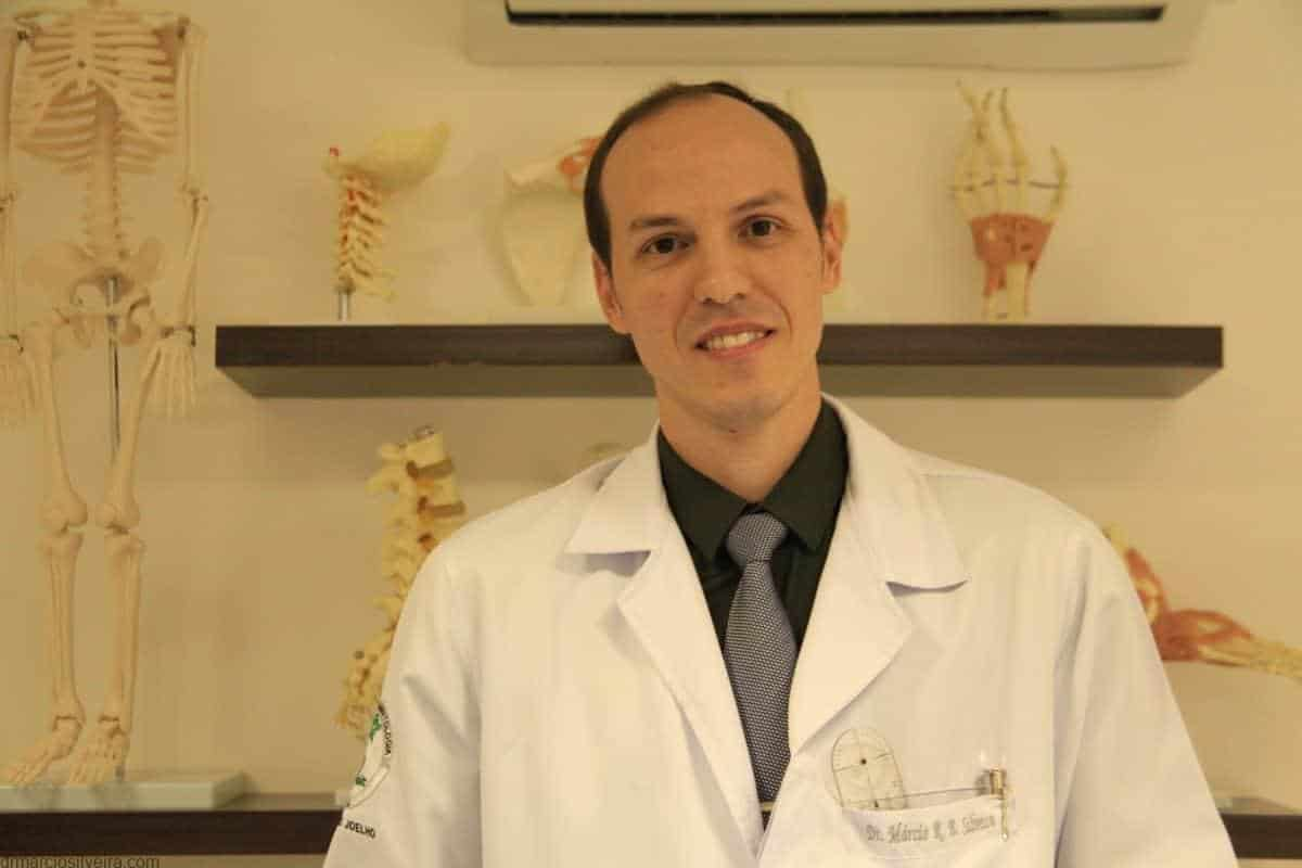 Dr. Márcio R. B. Silveira ortopedista especialista em joelho Brasília